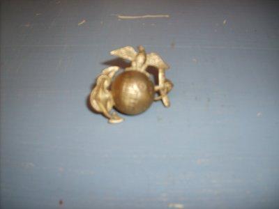 petit insigne représentant le Corps des Marines d'Amerique