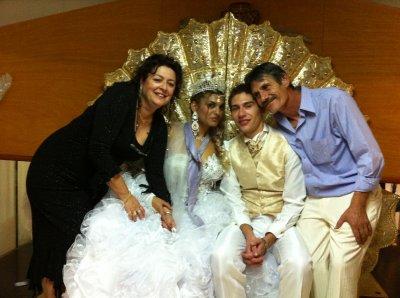 la suegra ,mariana ,samuel y el suegro