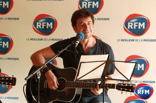 Le concert super V.I.P RFM - Patrick Bruel en live dans le salon de Florence, l'heureuse auditrice gagnante du concours RFMs !