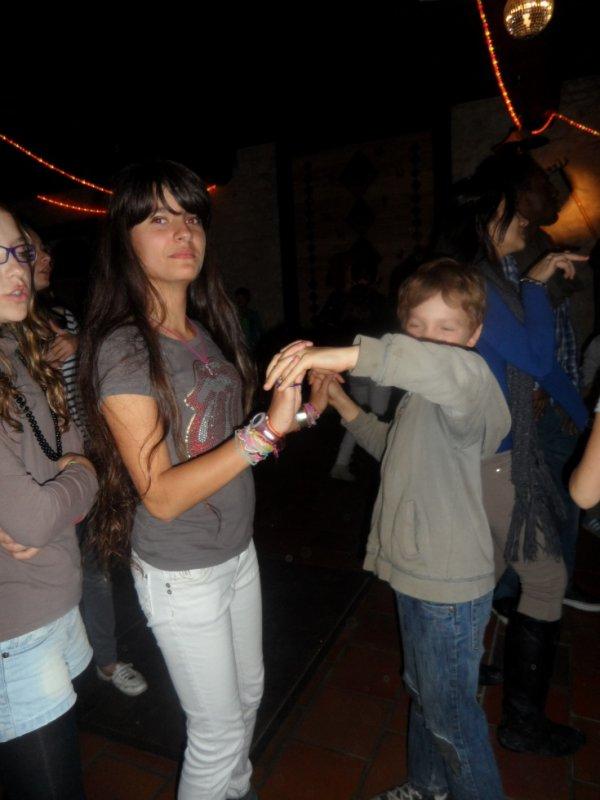 Moi et mon mec en train de danser