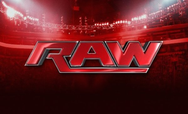 Monday Night Raw, 15 Juin 2015