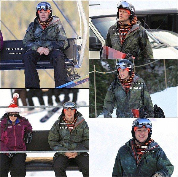 21/12/2011 - Cory faisant du snowboard au Cypress Mountain à Vancouver (Canada).