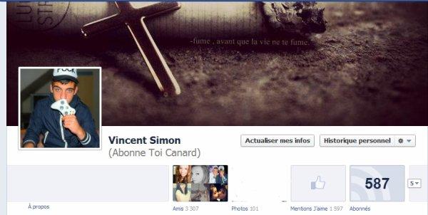 * « Facebook. » *