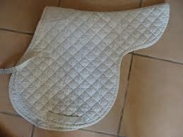 Comment enlever les taches sur nos tapis de selle !!!