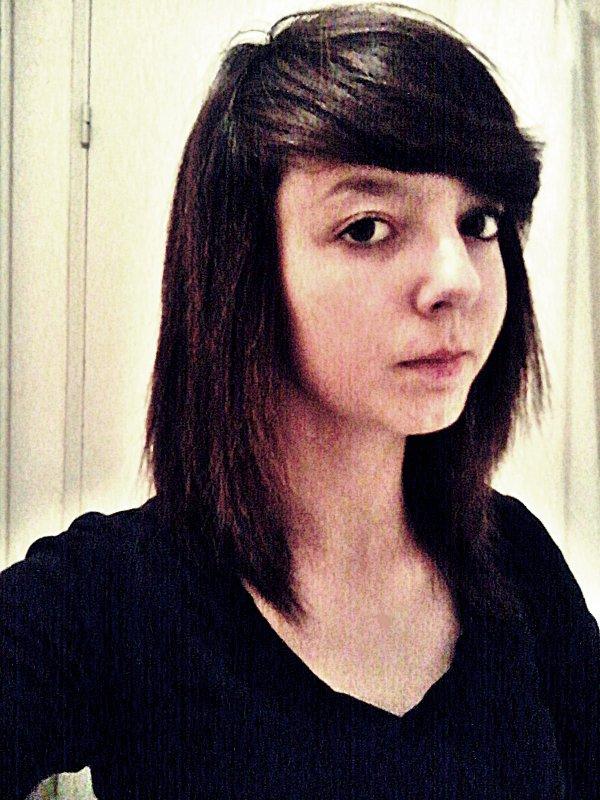 ~ Alison ~ Célibataire ~ 15 ans ~ Vesoul et Genevrey ~ Fuxk les focul ! ~
