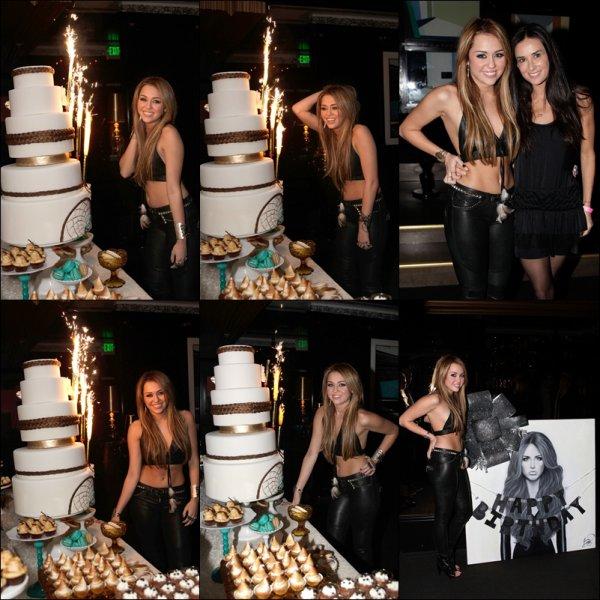 . 21.11.10 Au soir : Miley a organisé une soirée -en avance- à l'occasion de son 18ème anniversaire.  .