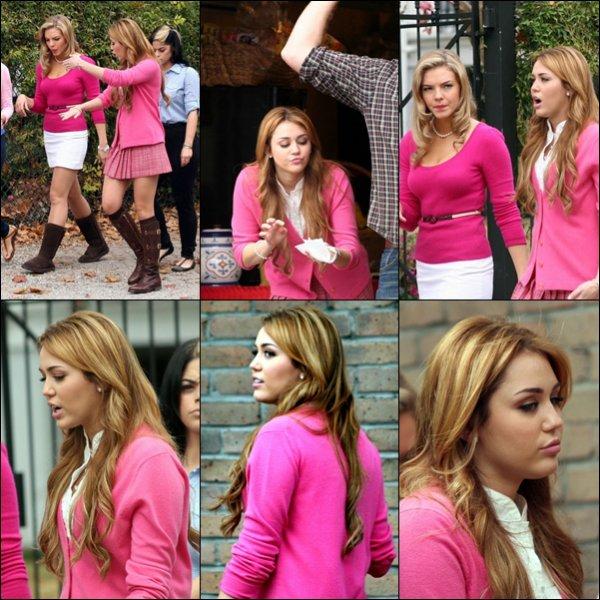 . Miley était sur le Tournage de So Undercover les 13, 14,15,16,21 et 22 Décembre. .
