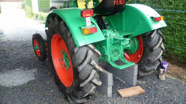 De nouveaux pneus pour le Fendt