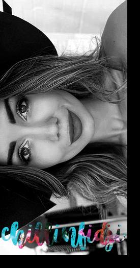 Thalia Barnes › Pia Muehlenbeck.
