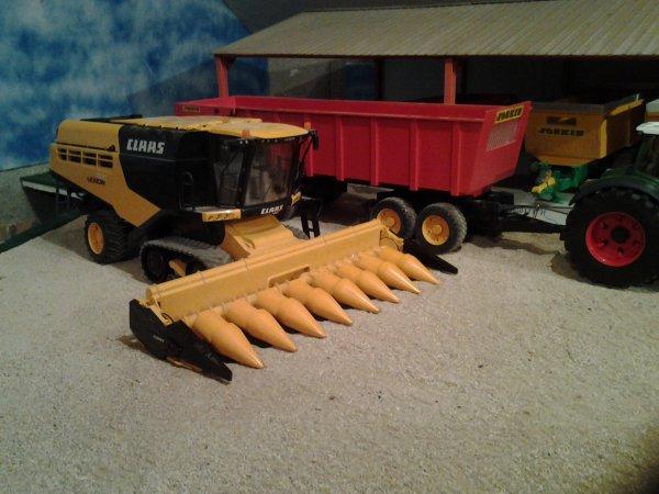 Bientôt les moissons de maïs....