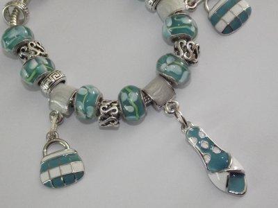 """Boucles d'Oreilles et/ou Bracelet """"Les Turquoises"""""""