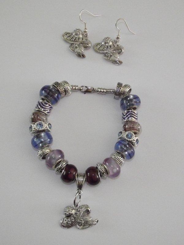"""Boucles d'Oreilles et/ou Bracelet """"Les Châpeaux"""""""
