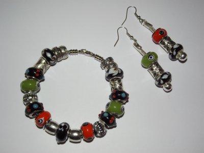 """Boucles d'Oreilles et/ou Bracelet """"Les Noirs Pointilleux"""""""