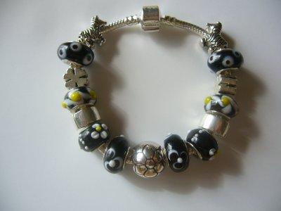 """Parure : Boucles d'Oreilles et/ou Bracelet """"Les Zèbres"""""""
