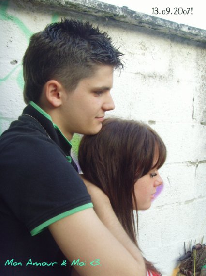 Un regard, L'amour rentre dans ta vie sans L'savoir ♥