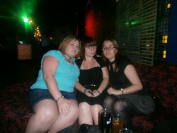 => Cindy, Julie & Moi <=