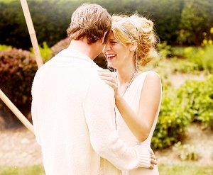 Quand on réalise qu'on veut passer le reste de sa vie avec quelqu'un, on veut que le reste de sa vie commence le plus tôt possible ... ♥