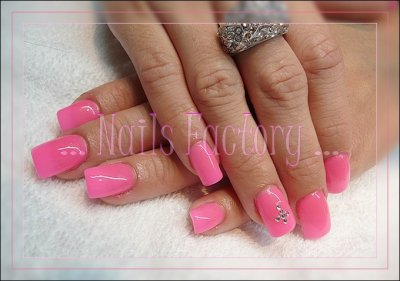 Pose total gel rose néon - déco strass