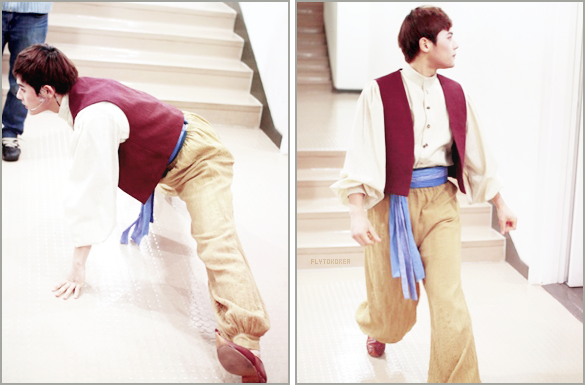 .Photos de Dongjun (ZE:A) sur le Me2day officiel des ZE:A, sûrement avant une représentation de la comédie musicale Aladdin..