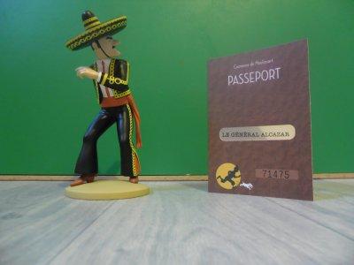 Figurine officielle: Alcazar lanceur de couteau