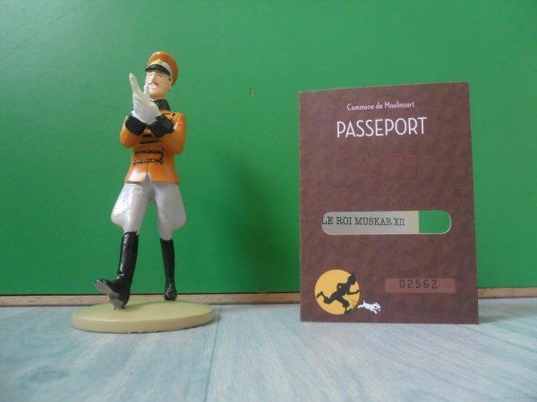 Figurine officielle: Le Roi Muskar XII enfile ses gants