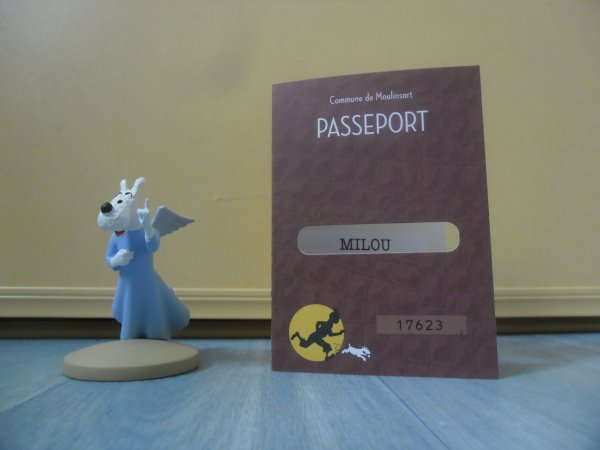 Figurine officielle: Milou mi-ange