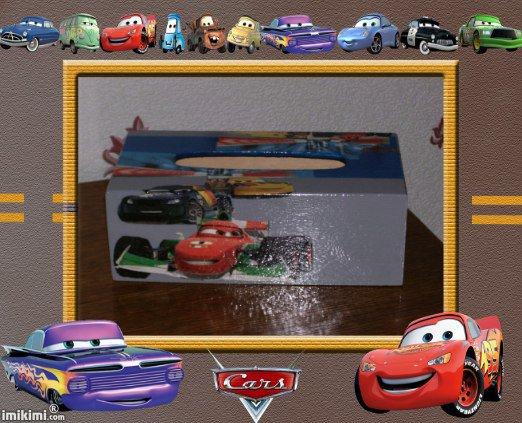 boîte a mouchoir cars
