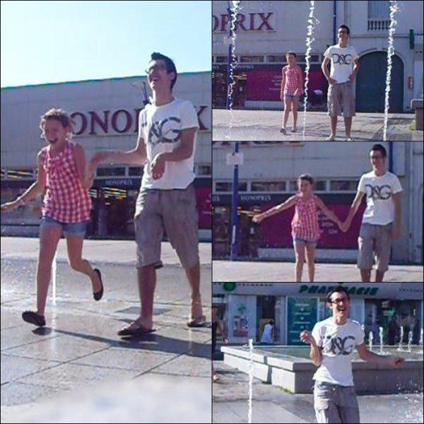 Kévin qui s'amuse dans une fontaine avec Camille -- 4 Juillet 2011