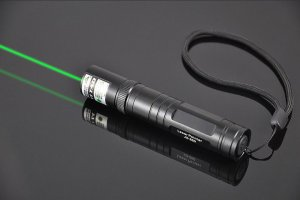1000mW 緑色レーザーポインター マッチに点火可能