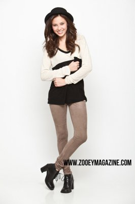 Malese Jow pour Zooey TV
