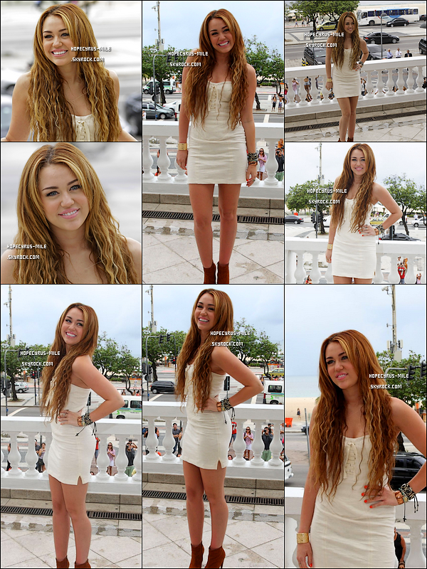 .  13/05/11 : Miley Cyrus , qui était sublime donnait un Conference de Presse à Rio ( Brésil )Découvre des photos , de Miley a une Fête privée « Eu Quero SYM » à Rio ( Brésil ) .   .