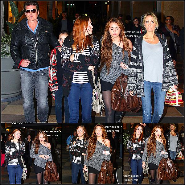 . 03/04/11 : Le lendemain des KCA, la famille Cyrus sont allés à Sherman Oaks.  TOP ou FLOP ? + Miley C. a posté plusieurs photos d'elle via son compte '@MileyCyrus .  05/04/11 : Miley et Noah C. sortaient en ville entre soeurs dans Los Angeles. TOP ou FLOP ? .