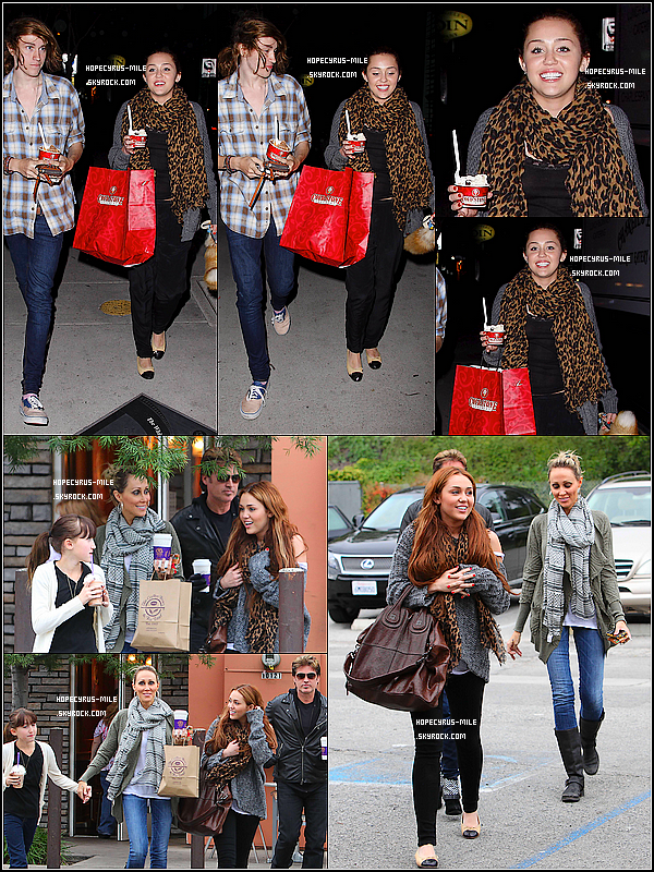 . 29/03/11 : Miley et son frère sortaient de chez Cold Stone TOP ou FLOP ? .27/03/11 :  Miley et ses parents sortaient du Coffee Bean TOP ou FLOP ? .