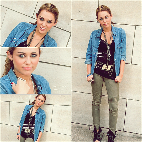 . (RE) DECOUVRE D'ANCIENNE PHOTOSHOOT DE MILEY CYRUS DATANT DE 2010!.