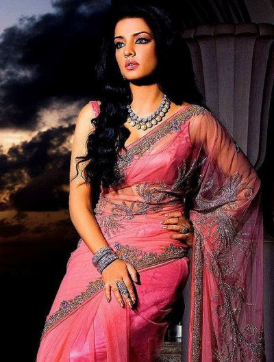 beautiful pink saree