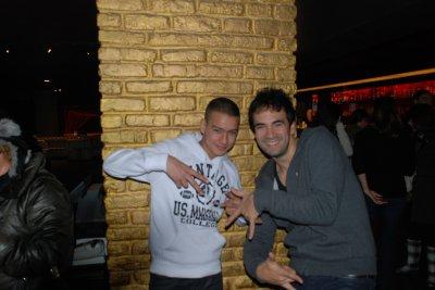Djamboy sur fréquence 3 avec Alex Goude pour le Téléthon 2010 au Queenie