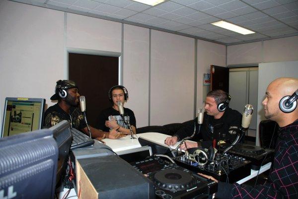 DJAMBOY EN DIRECT SUR PARADISE RADIO DIMANCHE 20 FEVRIER 2011