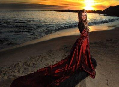 Nouveau Photo shoot de Caitlin sur la plage