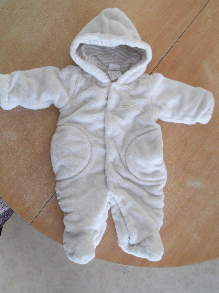 vetement bébé taille 3 mois