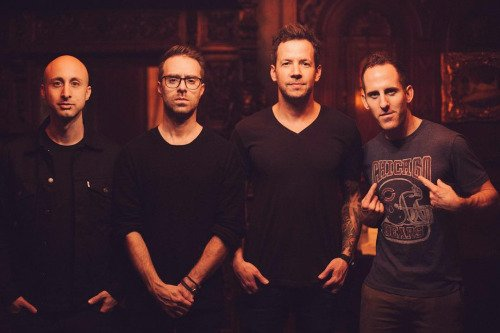 SIMPLE PLAN A PRETTY IN PINK