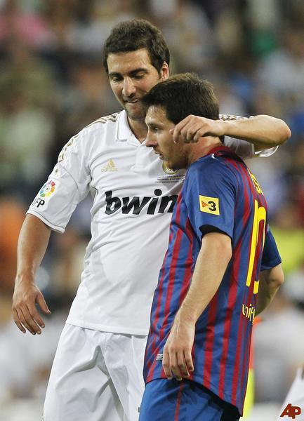 HIGUAIN : Messi duhet të rrethohet me më së paku 7 lojtar se përndryshe na shkatëron !