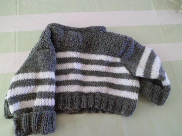 TRICOT   !!!   je suis  dans  les  laines  et les pulls  pour la famille