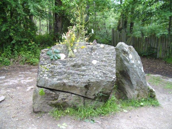 Le tombeau de Merlin....
