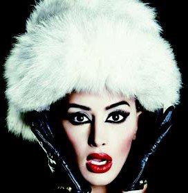 Besfort Hasanaj (Besdort.de) thotë Dafina ende mbetet diva e muzikës shqiptare !