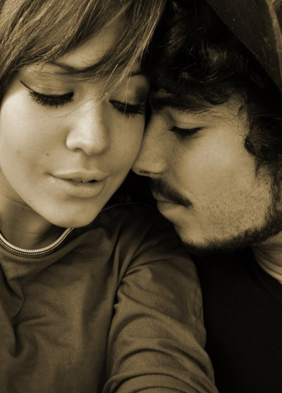 L'amour n'est pas l'amour, s'il fane lorsqu'il ce trouve que son objet s'éloigne quand la vie devient dure, quand les choses changent, le vrai amour restent inchangés.