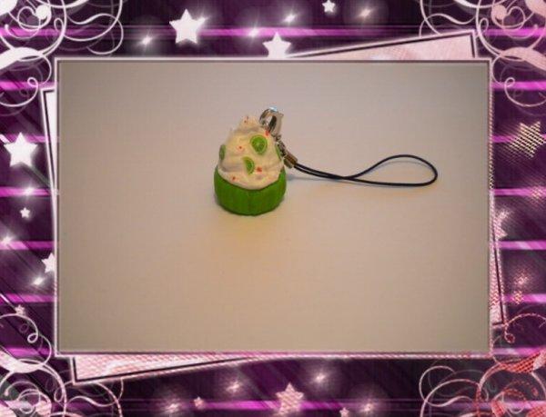 Strap Cupcake