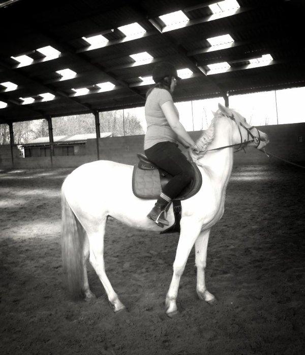 """Monter à cheval transforme le """"je voudrais bien"""" en """"je peux"""""""