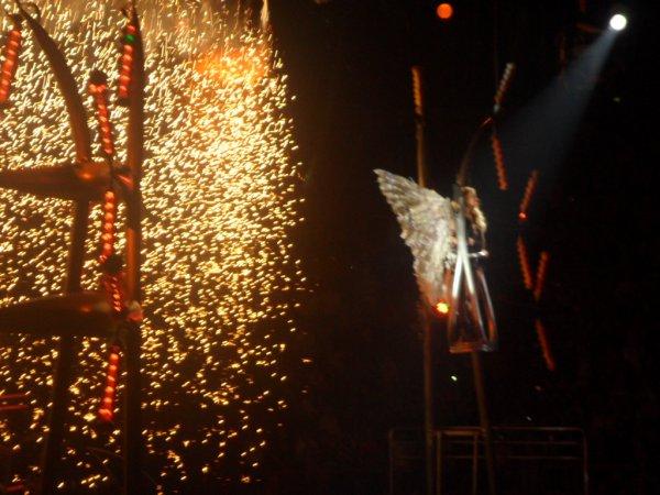Femme Fatale Tour- 07 octobre 2011