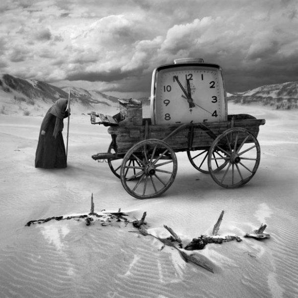 """""""Le temps est un ouvrier qui ne respecte rien, il se plaît au milieu des décombres.""""  Épicharme"""
