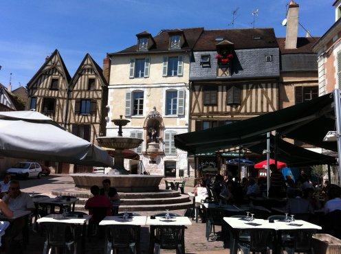 Les quais de l'Yonne à Auxerre.